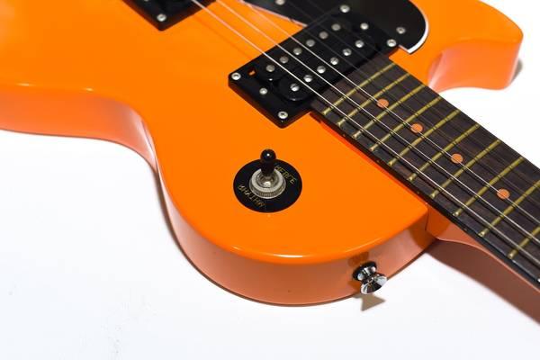 Guitar electrique avec ampli - Black friday