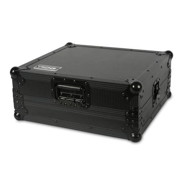 Flight case mcx8000
