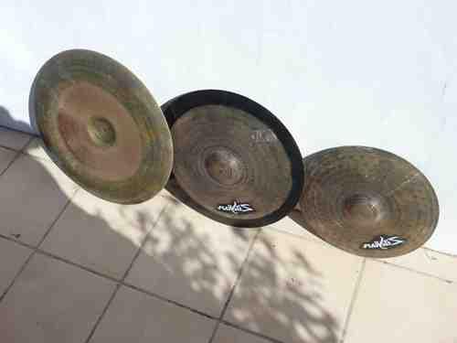 Qu'est-ce qu'un Keyhole cymbale ?