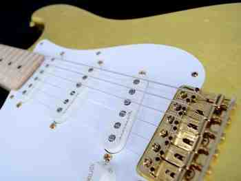 Quelle est la première guitare électrique ?