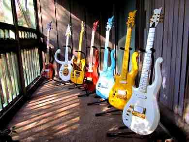 Quand est apparue la première guitare ?