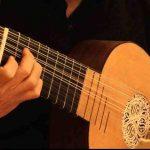 Quel est l'ancêtre de la guitare ?
