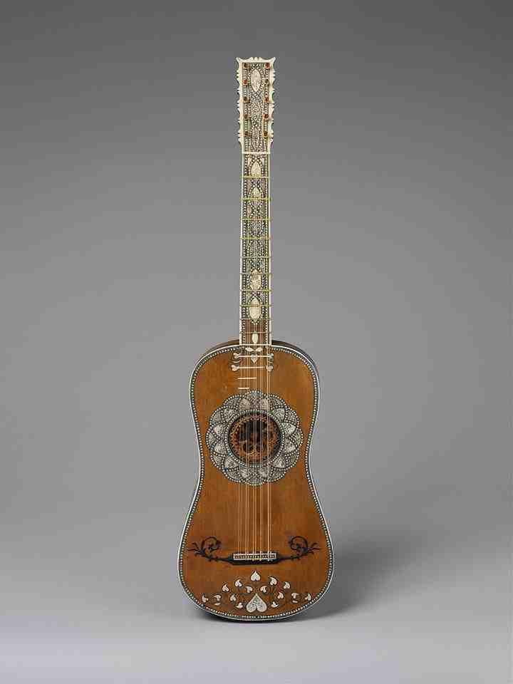 Qui est l'inventeur de la guitare classique ?